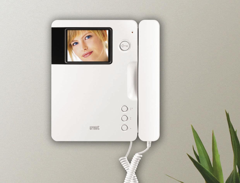 1740 40 signo urmet video porteiro video porteiro. Black Bedroom Furniture Sets. Home Design Ideas